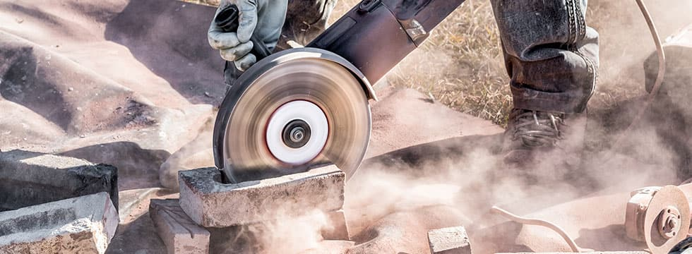 4 Tips to Minimize the Dangers of Dust Inhalation on the Job - Ferguson